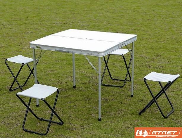 Складной столик для отдыха на природе